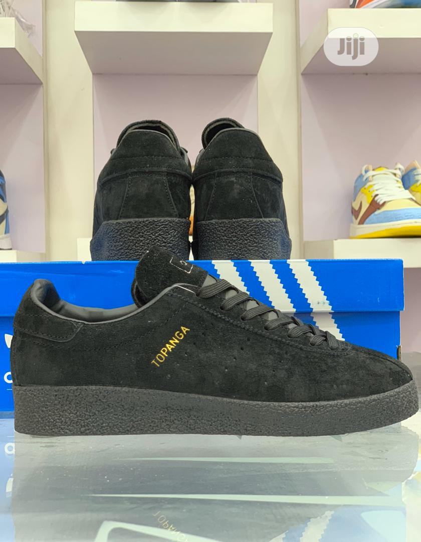 Archive: Adidas Topanga Clean All Black
