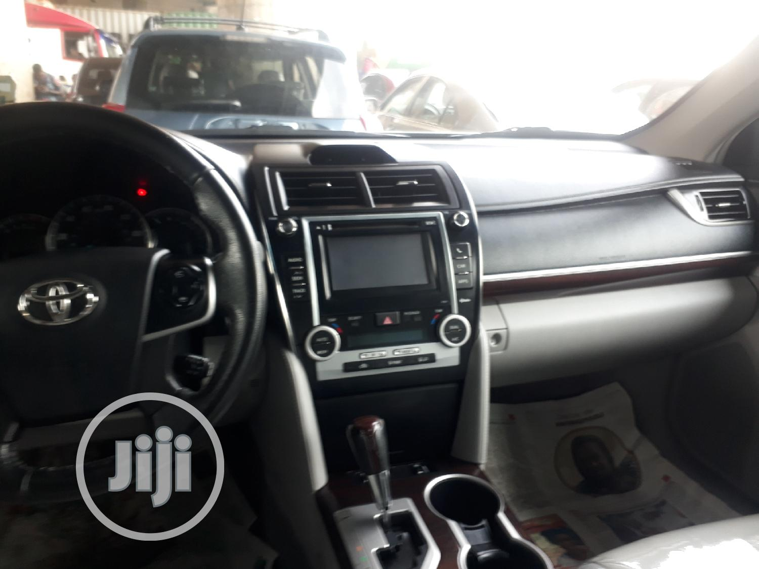 Toyota Camry 2014 Silver | Cars for sale in Apapa, Lagos State, Nigeria