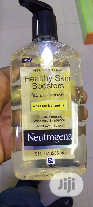 Neutrogena Healthy Skin Boosters Facial Cleanser | Skin Care for sale in Lagos State, Amuwo-Odofin