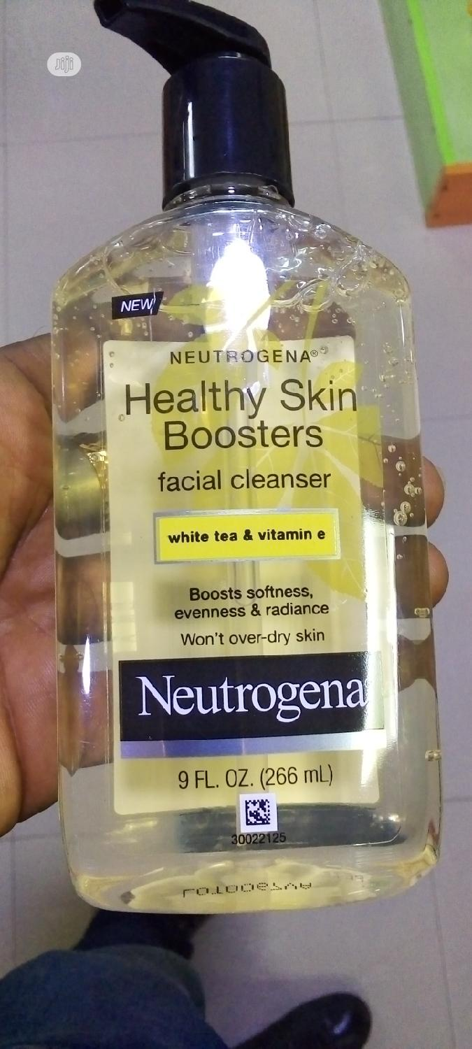 Archive: Neutrogena Healthy Skin Boosters Facial Cleanser