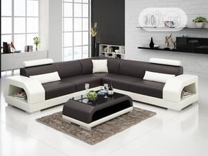 L-shape Sofa Chair With Table. Leather Couch | Furniture for sale in Lagos State, Oshodi