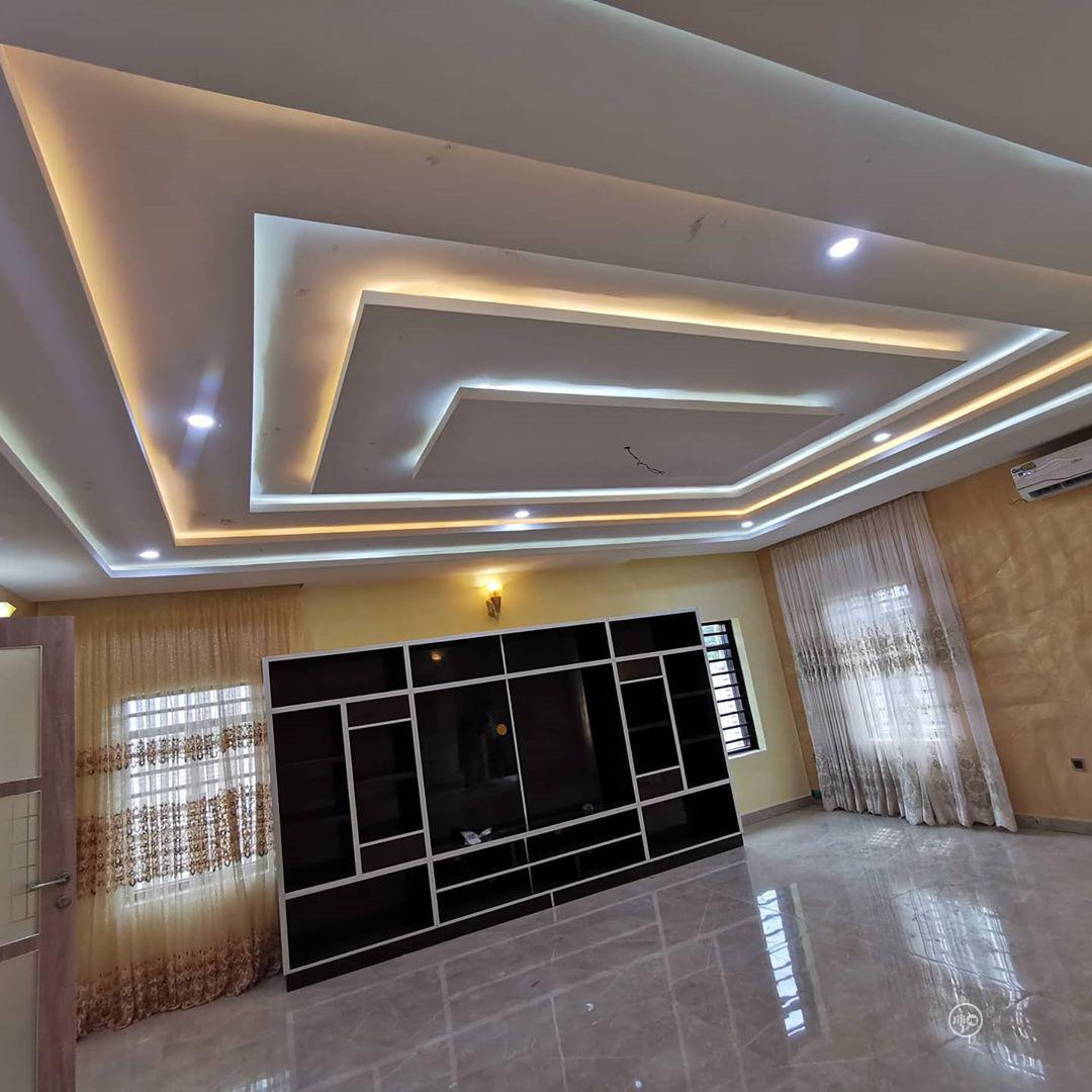 Pop Ceiling, TV Design, Wall Screeding And Designs. | Building & Trades Services for sale in Apo District, Abuja (FCT) State, Nigeria