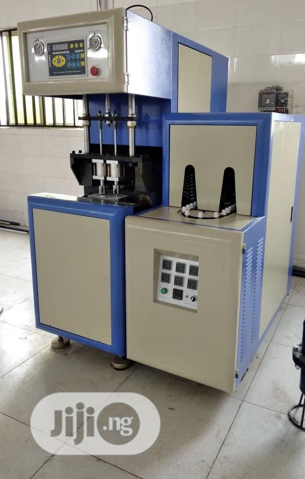 Pet Blowing Bottle Blowing Plastic Bottle Making Machine
