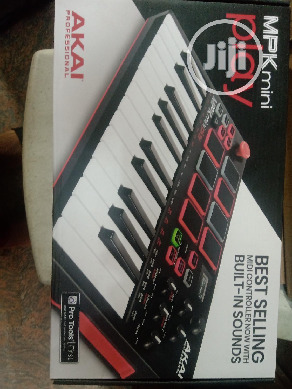 Akai Mpk Mini Play Keyboard