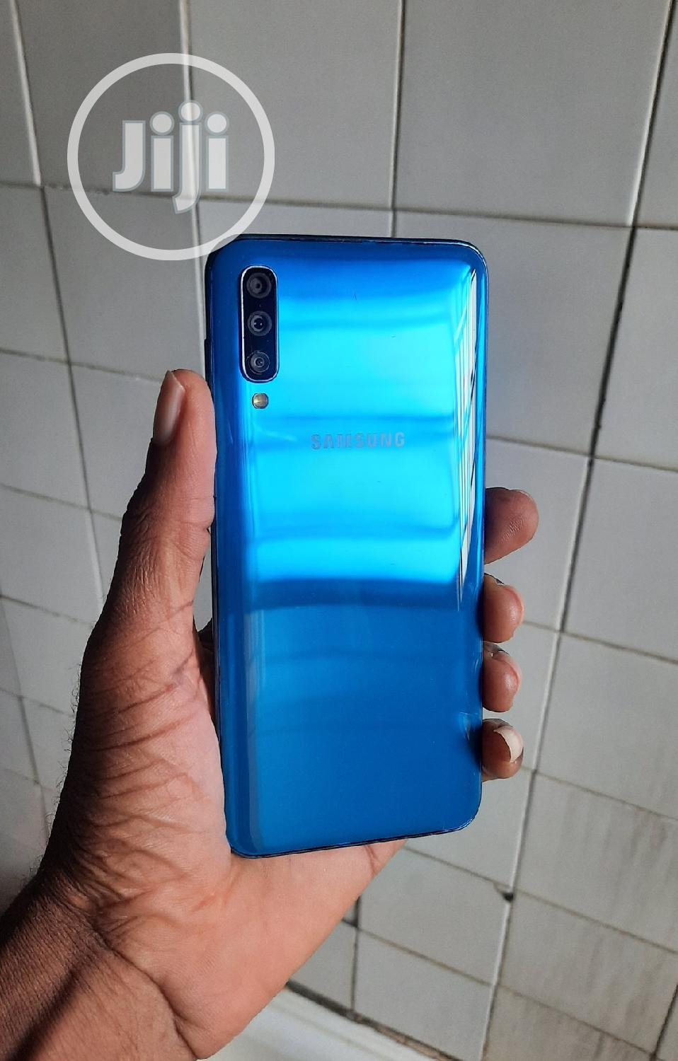 Samsung Galaxy A50 128 GB Blue | Mobile Phones for sale in Isolo, Lagos State, Nigeria