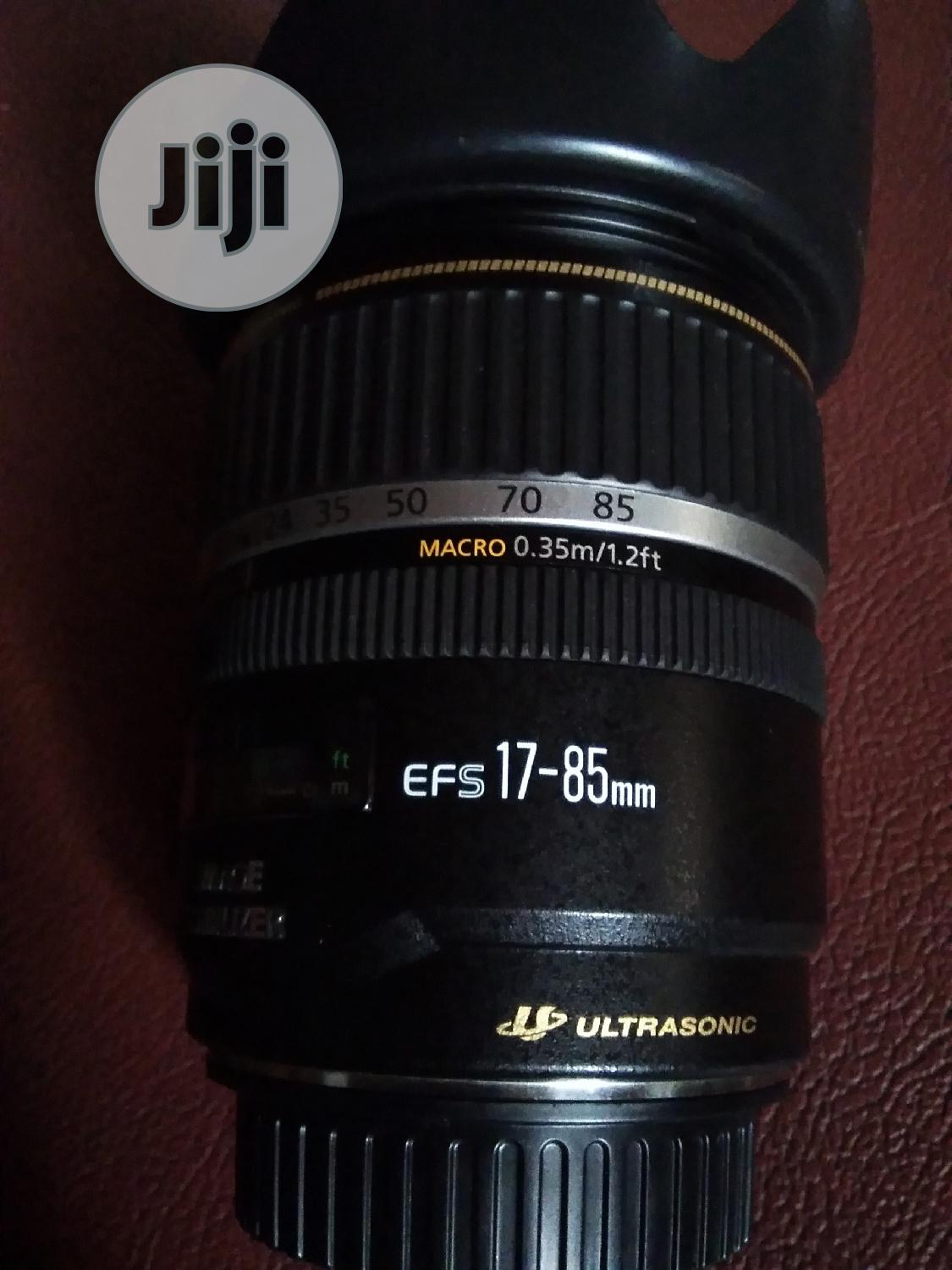Canon 17- 85mm Zoom Lens