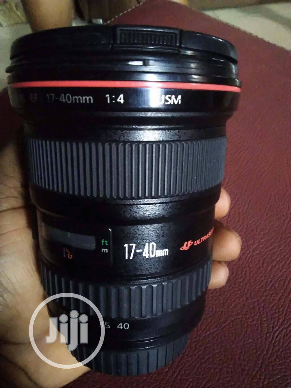 Canon 17-40mm F/4 Wide Angle Lens