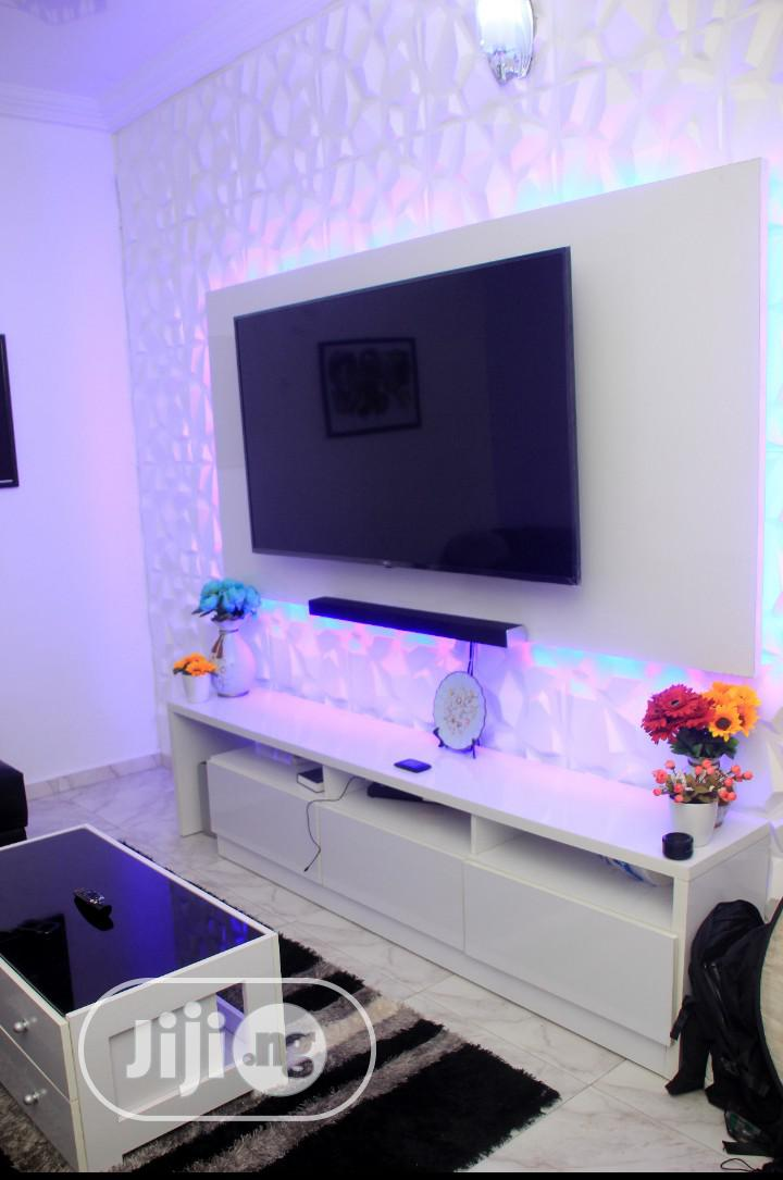 Tv Wall Unit With LED Lights