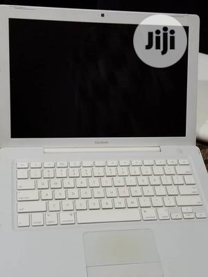 Laptop Apple MacBook 2GB Intel Core 2 Duo HDD 160GB | Laptops & Computers for sale in Lagos State, Mushin
