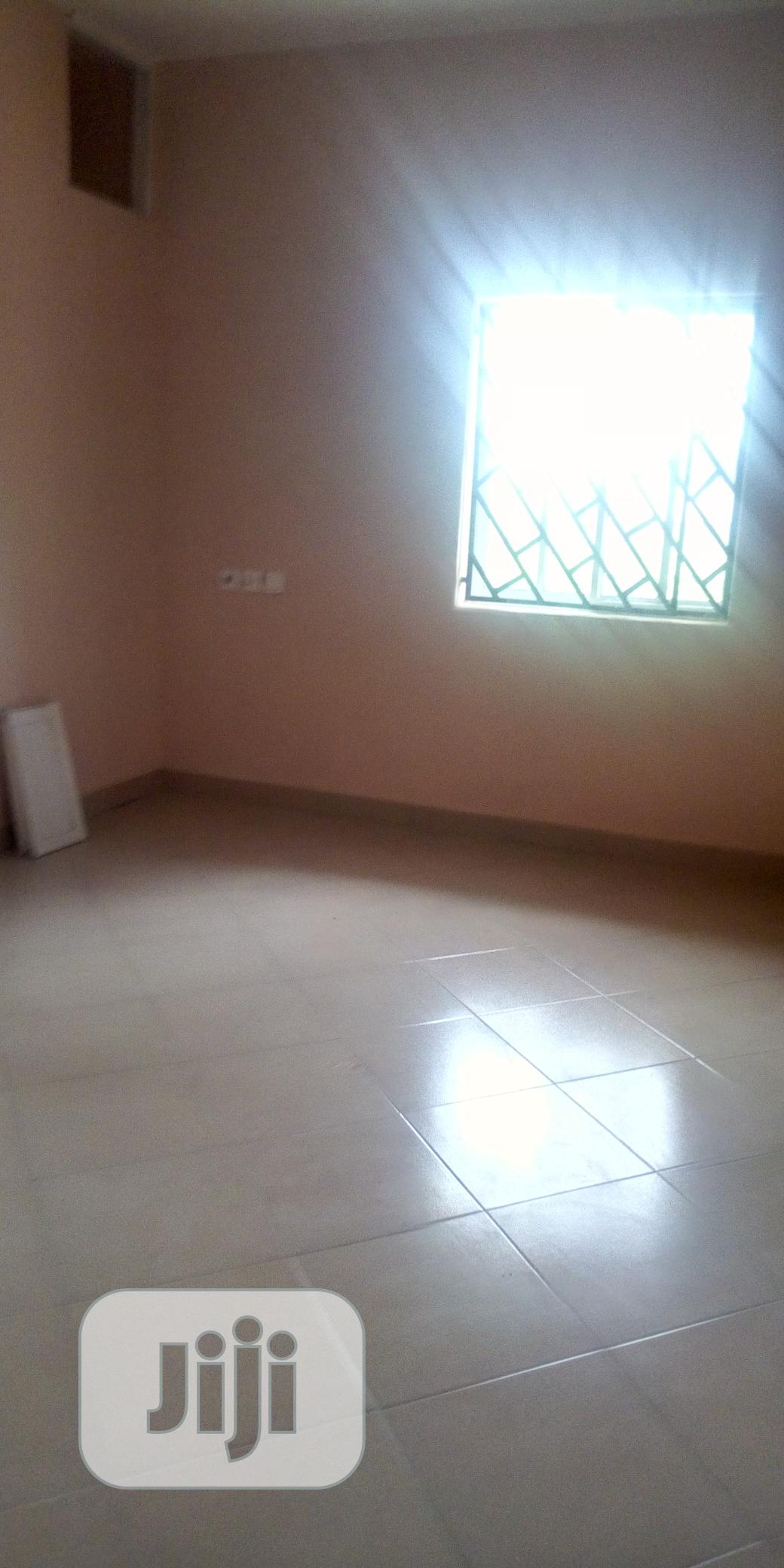 One Bedroom Flat With An Extra Storage Room For Sale   Houses & Apartments For Sale for sale in Uyo, Akwa Ibom State, Nigeria