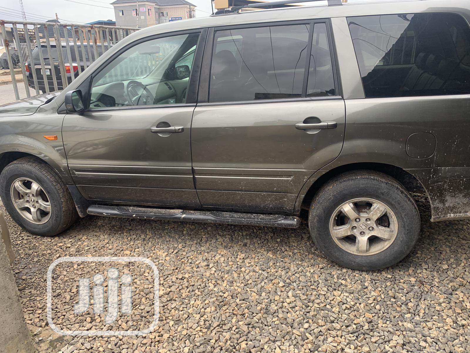 Honda Pilot 2006 EX-L 4x4 (3.5L 6cyl 5A) Gray | Cars for sale in Alimosho, Lagos State, Nigeria