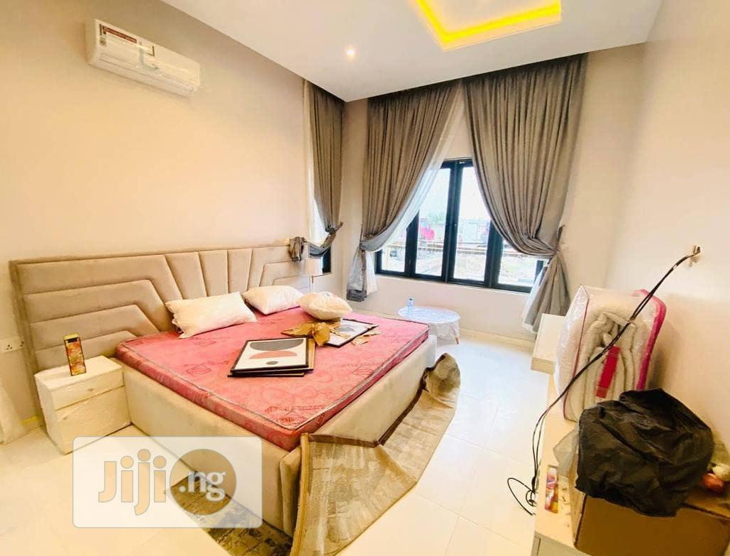 Buy Luxury Home In Abijo GRA, Ajah At A Give Away Price | Houses & Apartments For Sale for sale in Lekki Phase 2, Lagos State, Nigeria