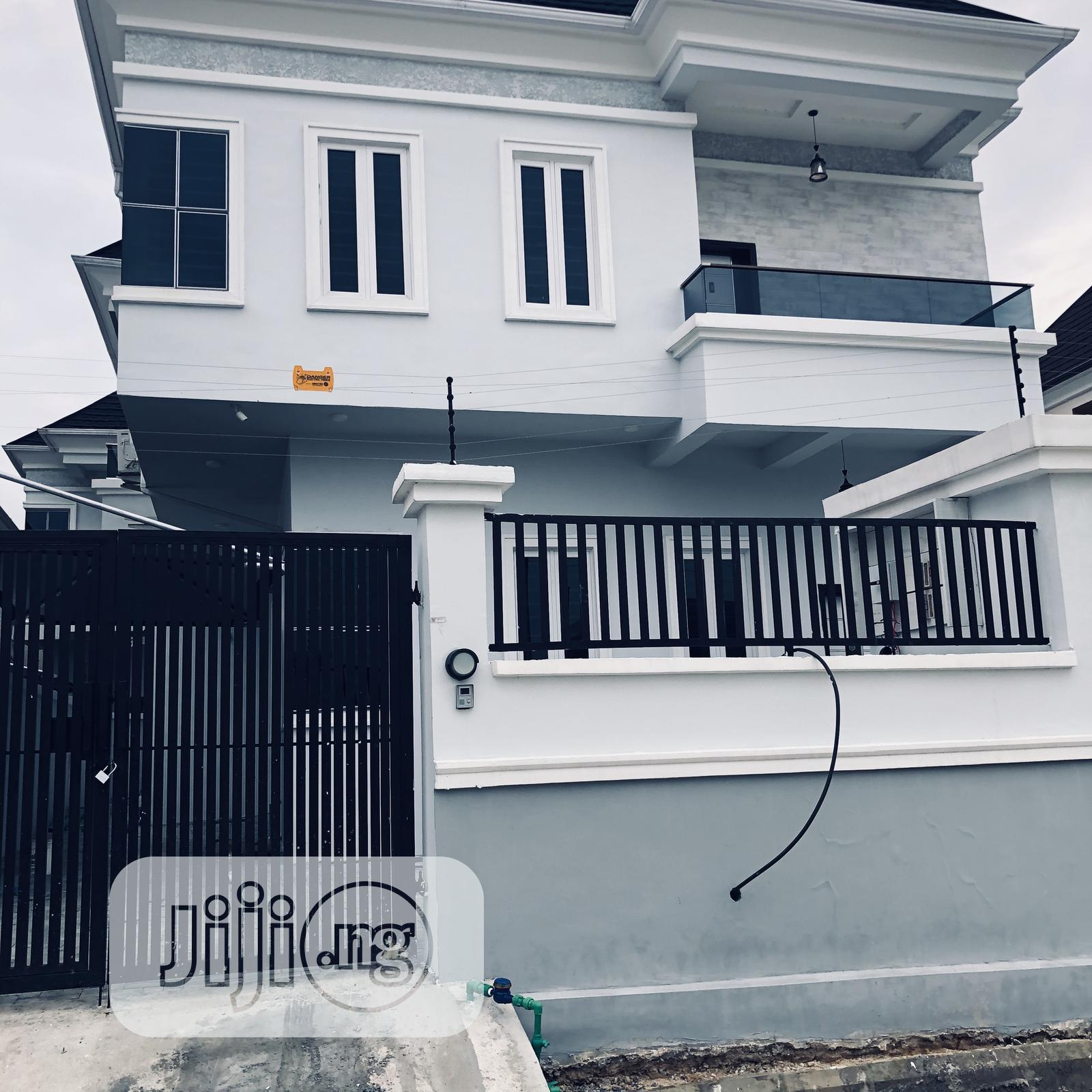305 House For Sale In Lekki
