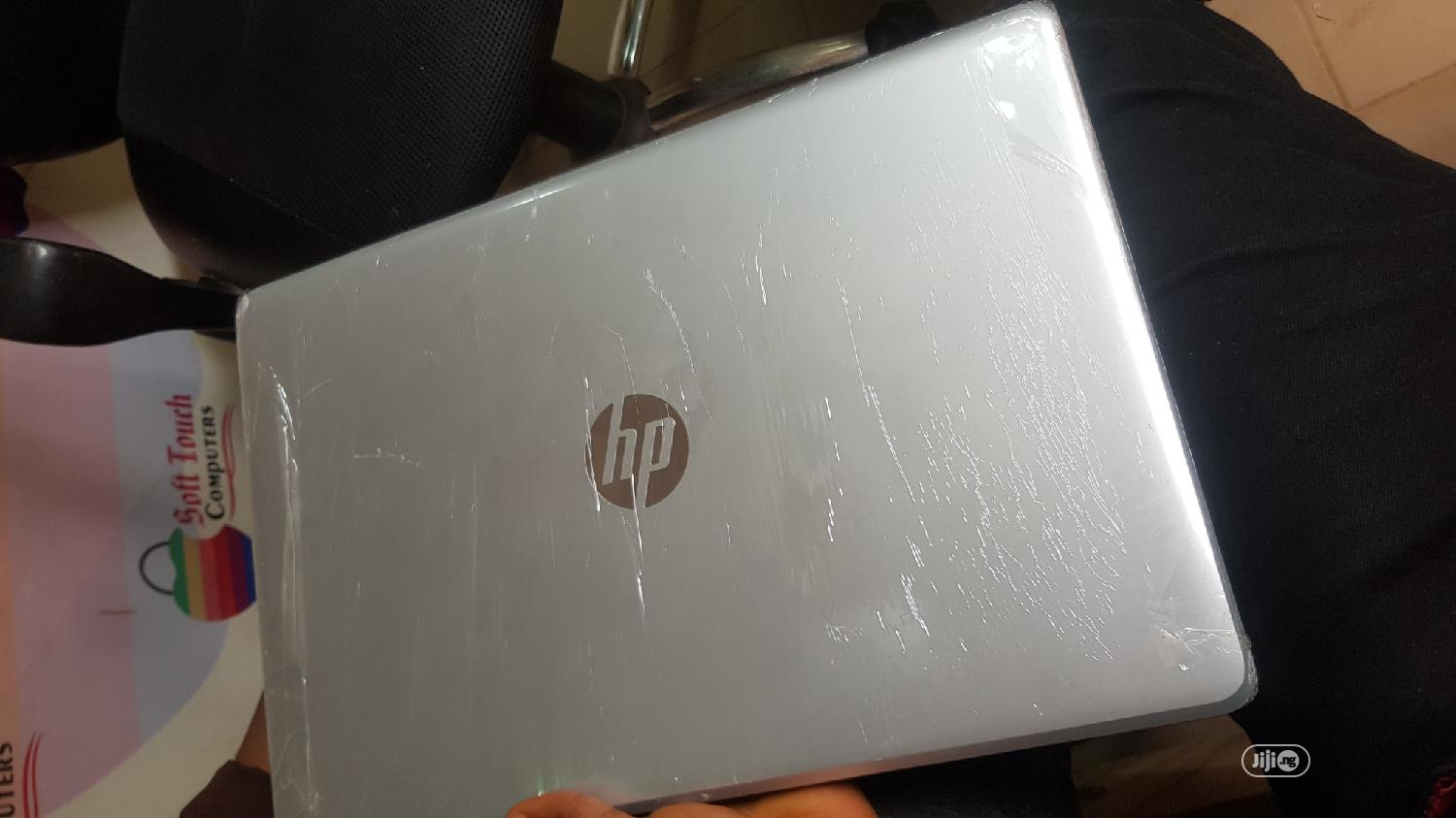Laptop HP Pavilion 15 8GB Intel Core i5 HDD 1T