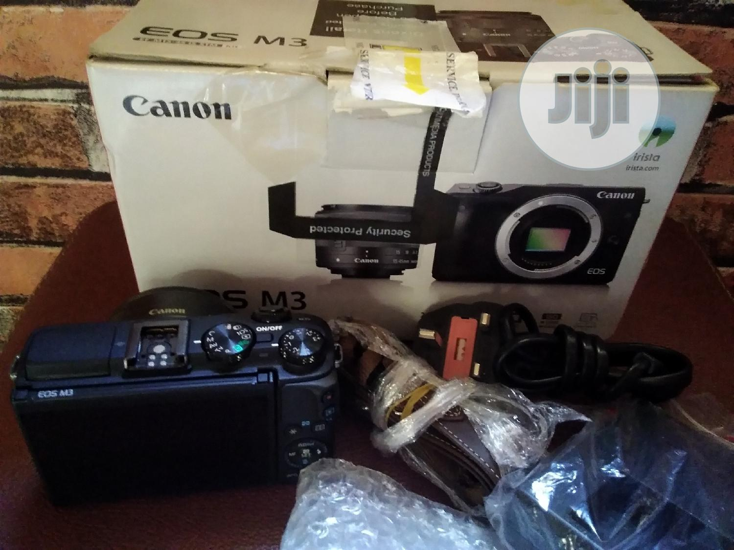 CANON EOS M3 Camera Coupled With 22mm Lens | Photo & Video Cameras for sale in Alimosho, Lagos State, Nigeria