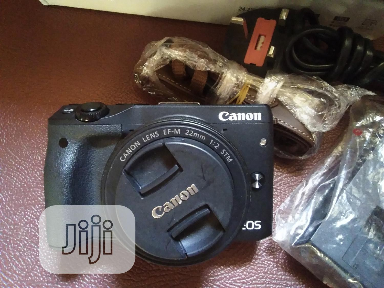 CANON EOS M3 Camera Coupled With 22mm Lens