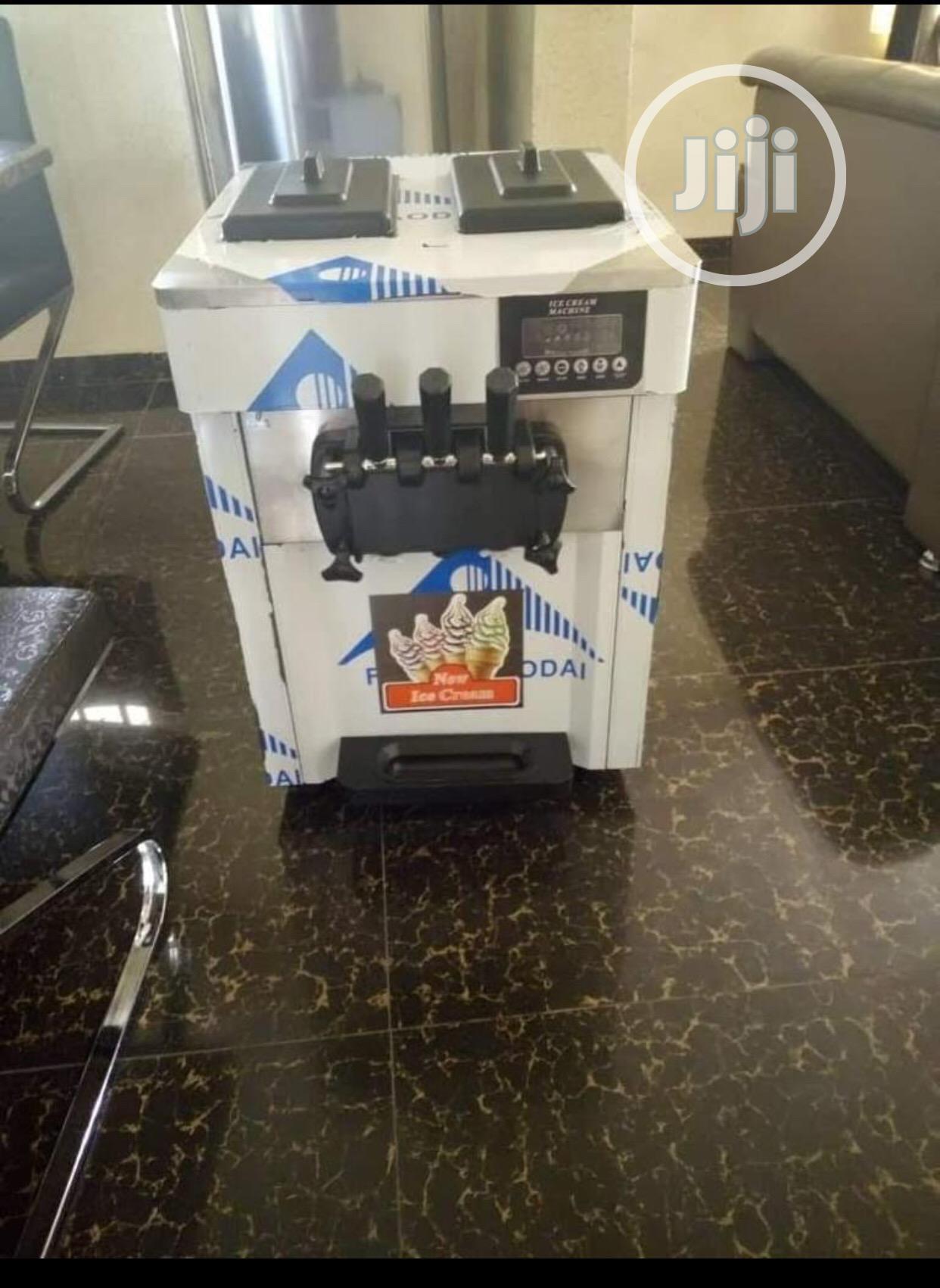 Tabletop Ice Cream Machine