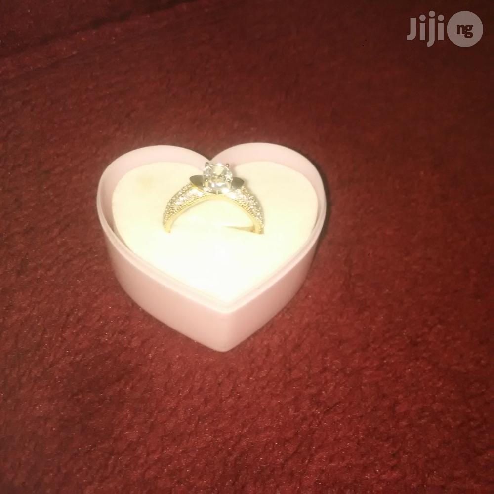 Pure ITALY 750 Gold Engagement Ring | Wedding Wear & Accessories for sale in Amuwo-Odofin, Lagos State, Nigeria