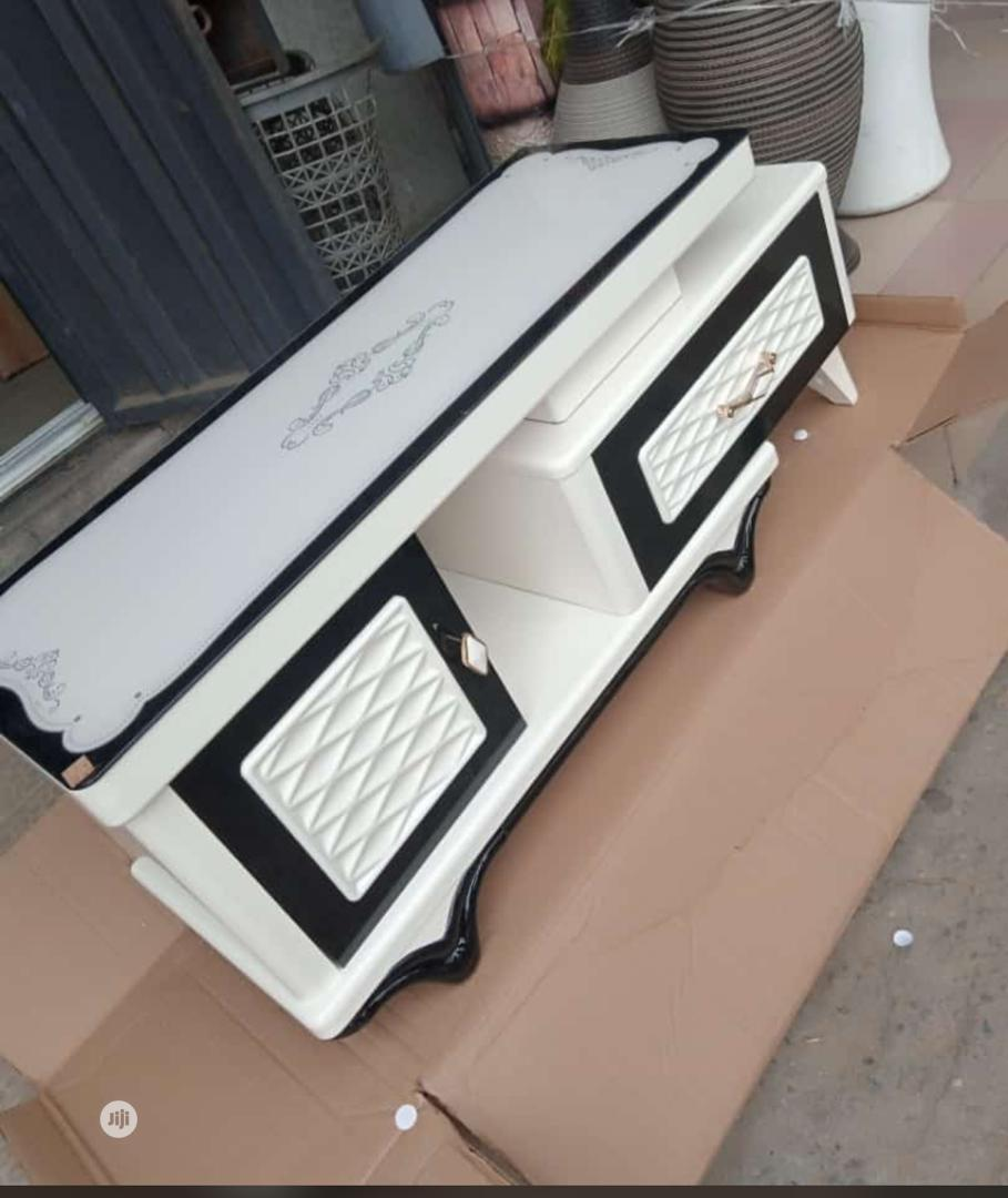 TV Stand 5546