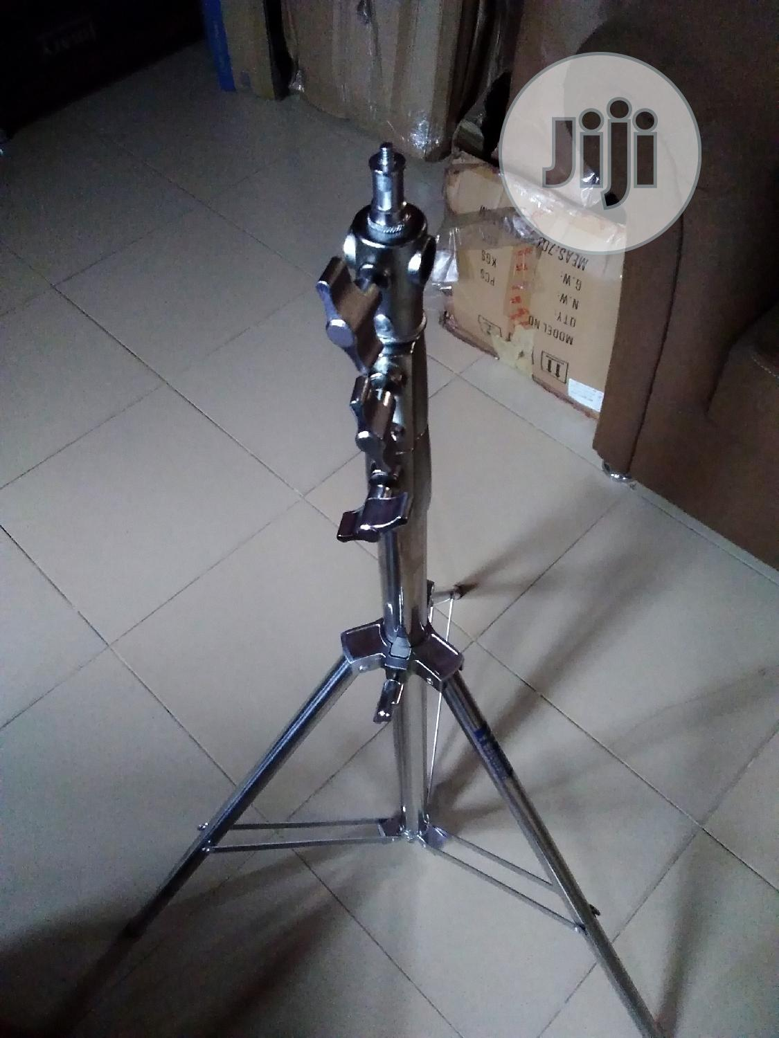 Professional Metallic Silver Video Light Stand | Accessories & Supplies for Electronics for sale in Alimosho, Lagos State, Nigeria