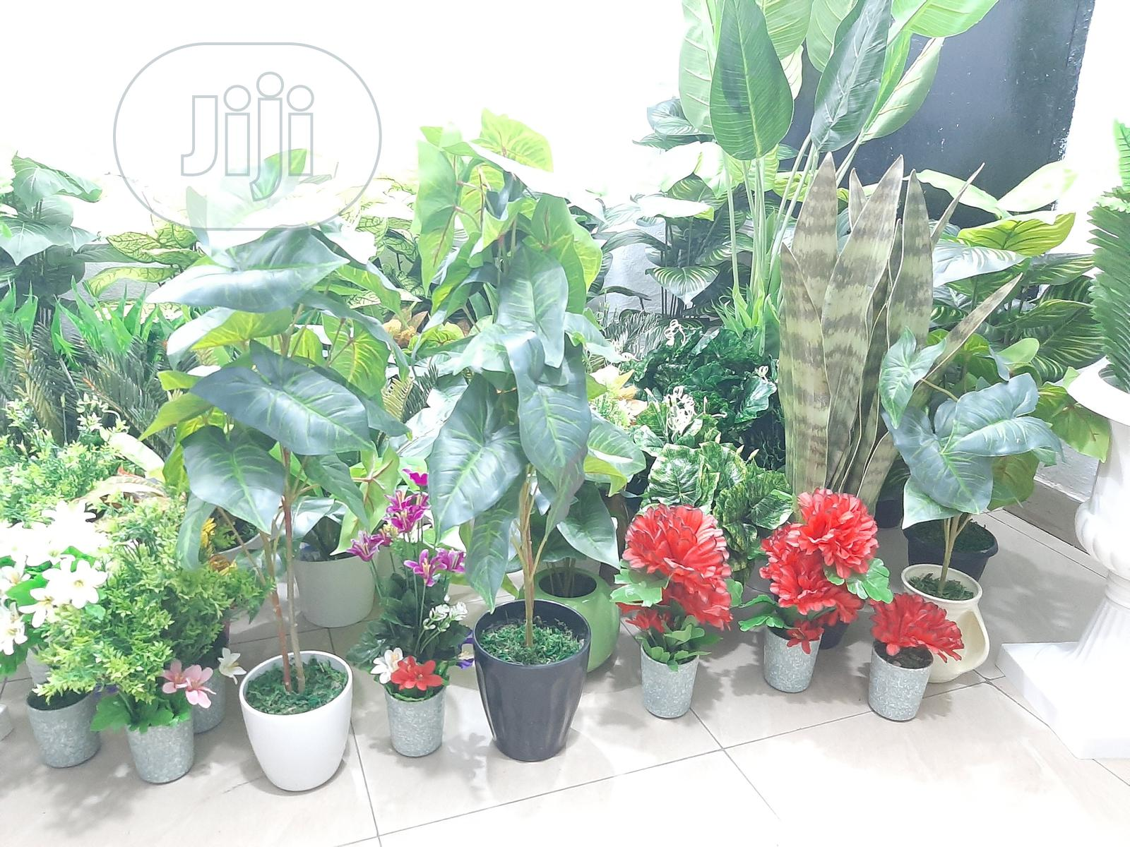 Outdoor Artificial Fake Plants,Live Like UV Resistant