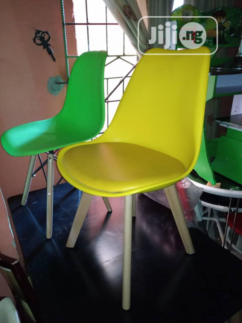 New Design Plastic Chairs