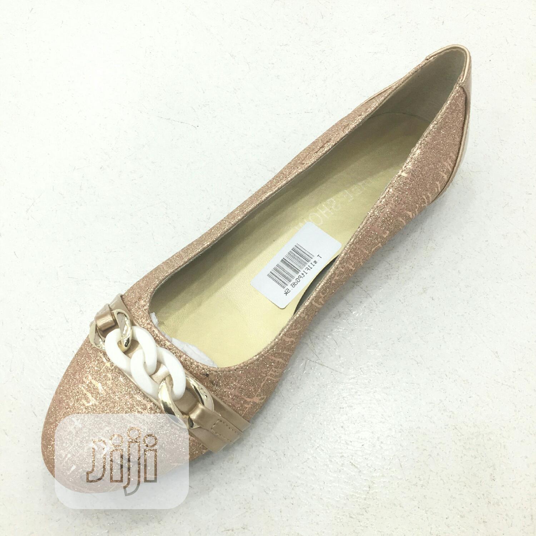 Archive: Tovivans Trendy Flat Shoes