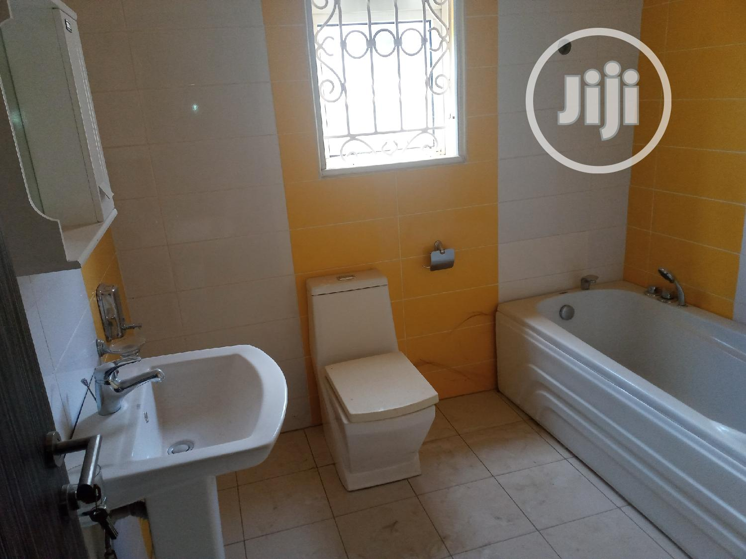 8 Bedroom Exclusive Mansion For Sale At Asokoro   Houses & Apartments For Sale for sale in Asokoro, Abuja (FCT) State, Nigeria