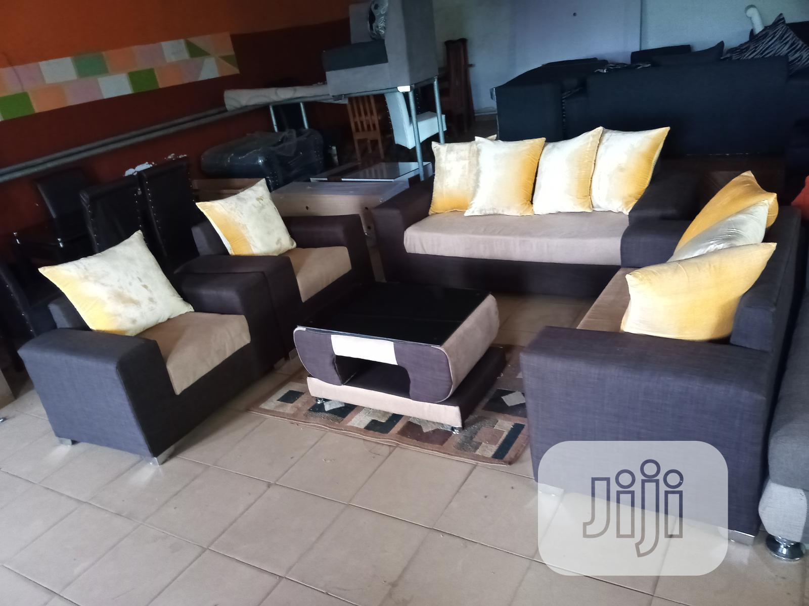 Set Of 7 Seaters Sofa Chairs With Table - Fabric Couch