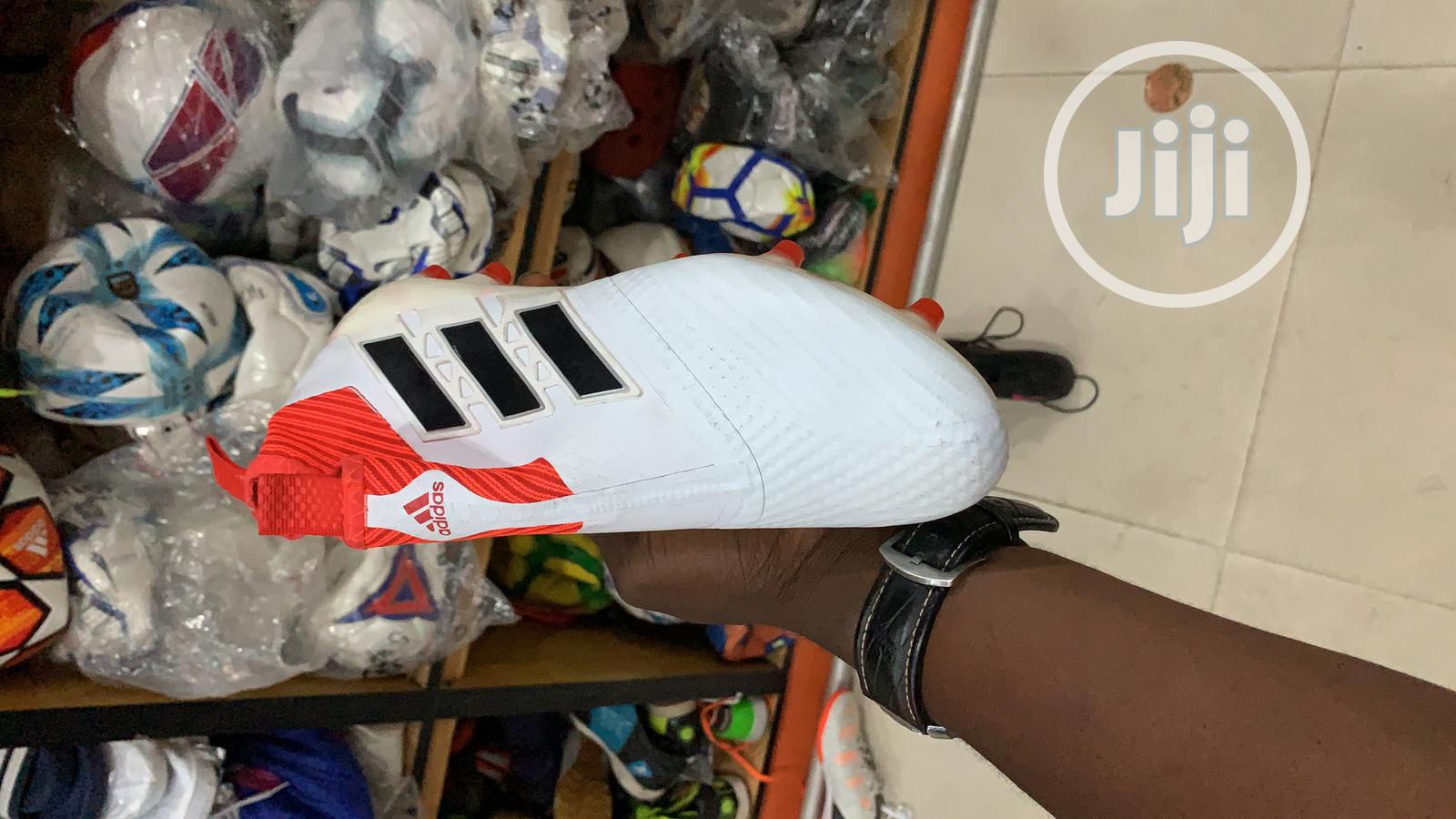 Adidas Soccer Boot   Shoes for sale in Victoria Island, Lagos State, Nigeria