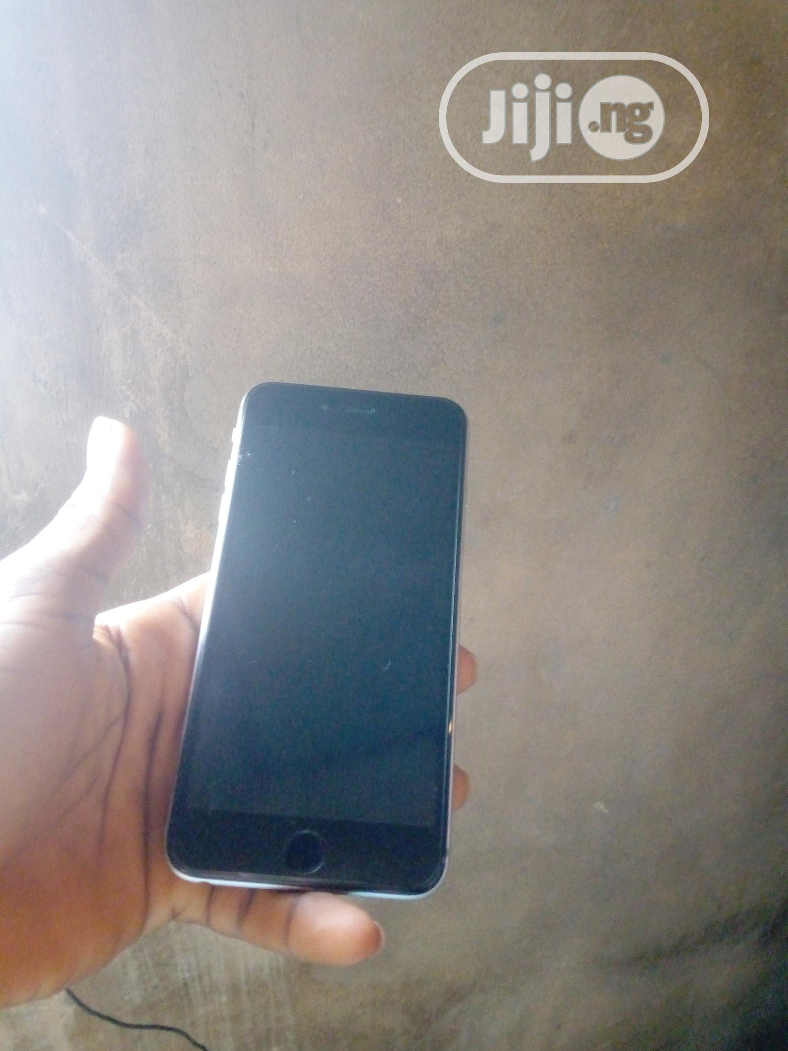 Archive: Apple iPhone 6 Plus 64 GB Black