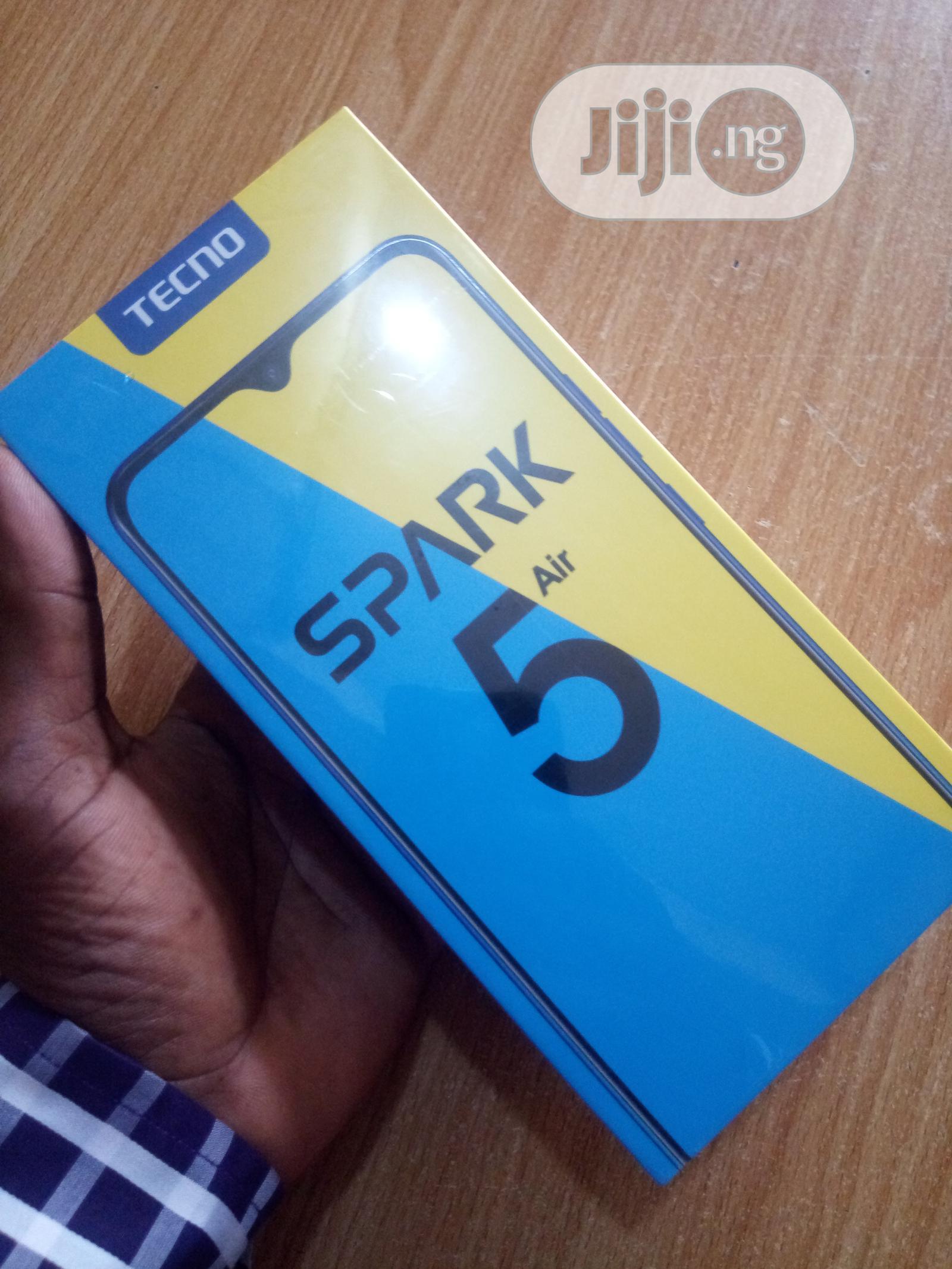 Archive: New Tecno Spark 5 Air 32 GB Blue
