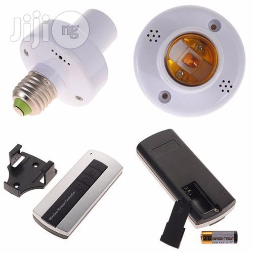 Wireless Remote Control Lamp Holder