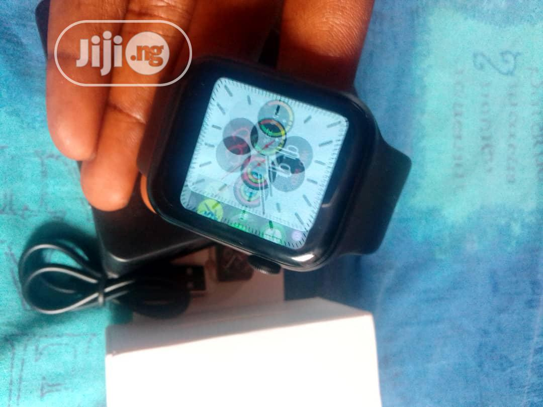 W34 Smart Watch With Free Airpod   Smart Watches & Trackers for sale in Ikeja, Lagos State, Nigeria