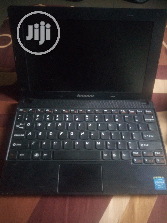 Laptop Lenovo Chromebook C330 6GB Intel Core I9 HDD 256GB