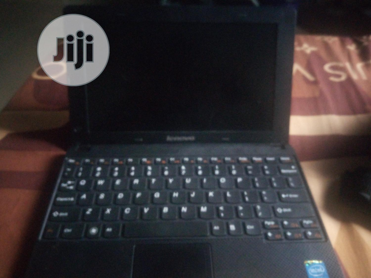 Laptop Lenovo Chromebook C330 6GB Intel Core I9 HDD 256GB | Laptops & Computers for sale in Uvwie, Delta State, Nigeria
