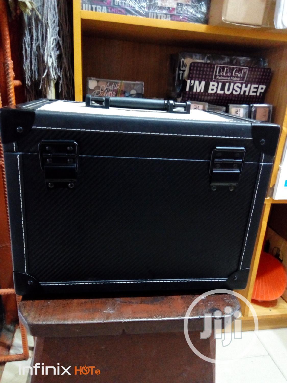 Portable Makeup Box Black | Tools & Accessories for sale in Amuwo-Odofin, Lagos State, Nigeria