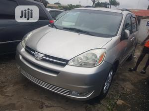 Toyota Sienna 2005 XLE Limited Silver   Cars for sale in Lagos State, Apapa