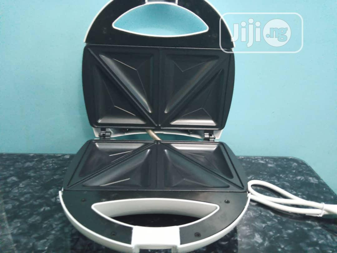 PHILIPS Sandwich Maker | Kitchen Appliances for sale in Ikorodu, Lagos State, Nigeria