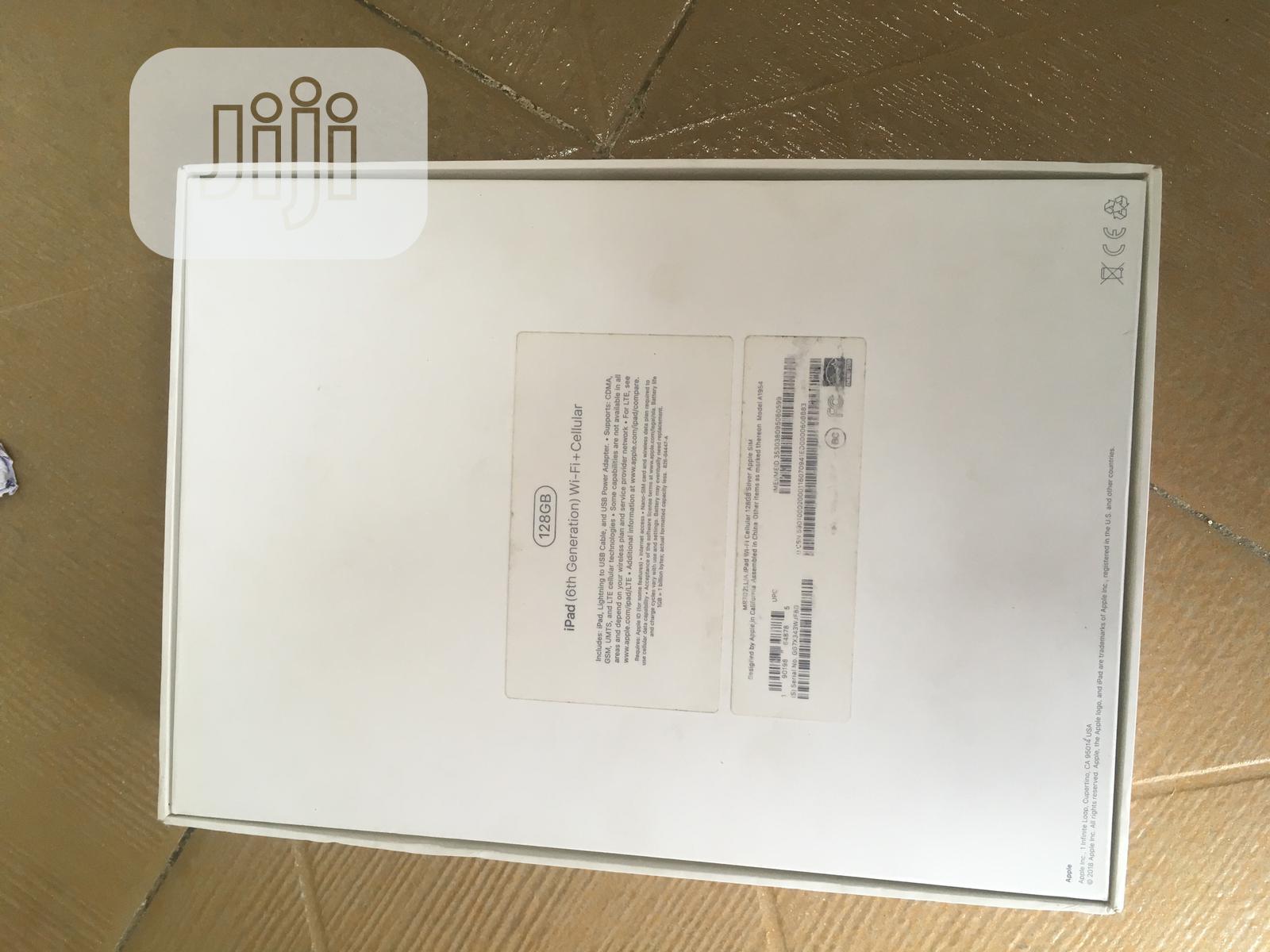 Archive: Apple iPad 9.7 128 GB Gray