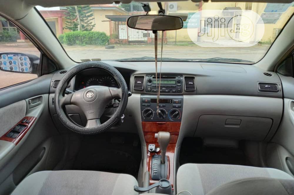 Archive: Toyota Corolla LE 2007 Black