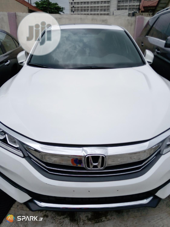 Honda Accord 2017 White