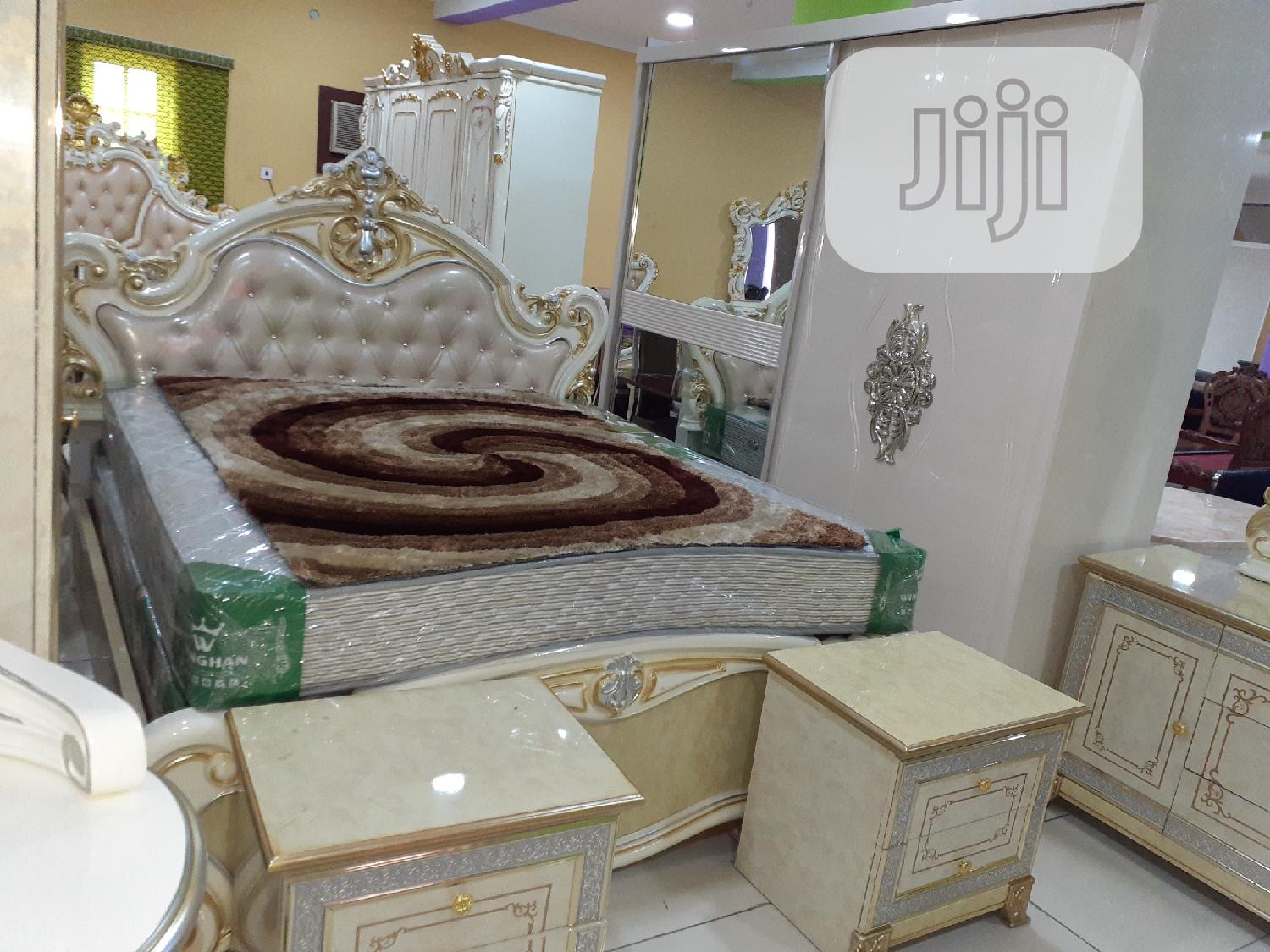 Rayol Set of Bed