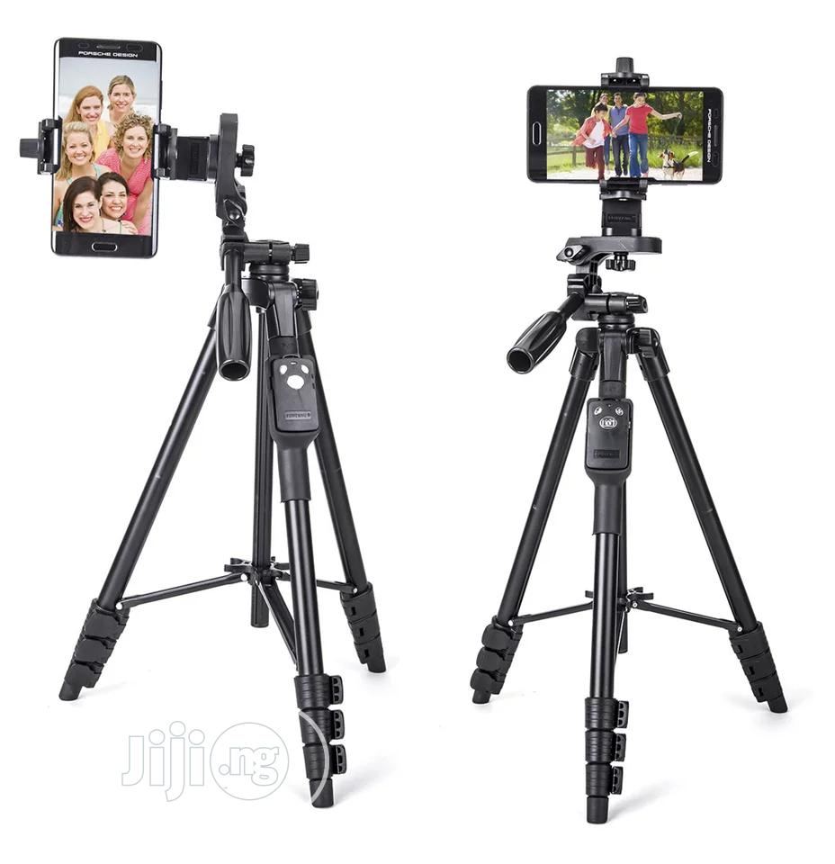 Tripod Stand With Remote | Accessories & Supplies for Electronics for sale in Amuwo-Odofin, Lagos State, Nigeria