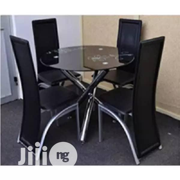 Original Round Table Glass Dining Table By 4 Seats