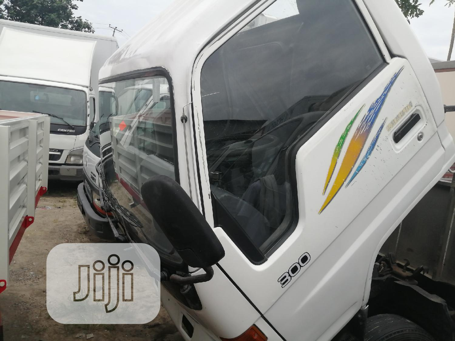 Toyota Dyna 300 Long Chassis | Trucks & Trailers for sale in Apapa, Lagos State, Nigeria