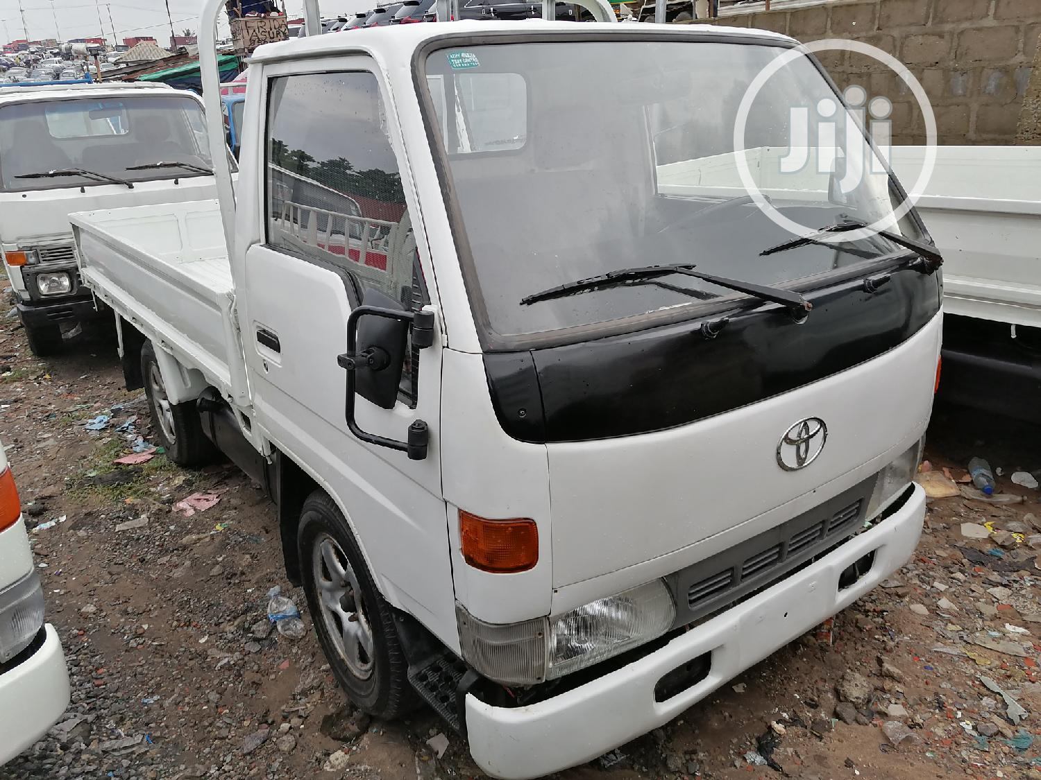Toyota Dyna 100 Conversion White | Trucks & Trailers for sale in Apapa, Lagos State, Nigeria