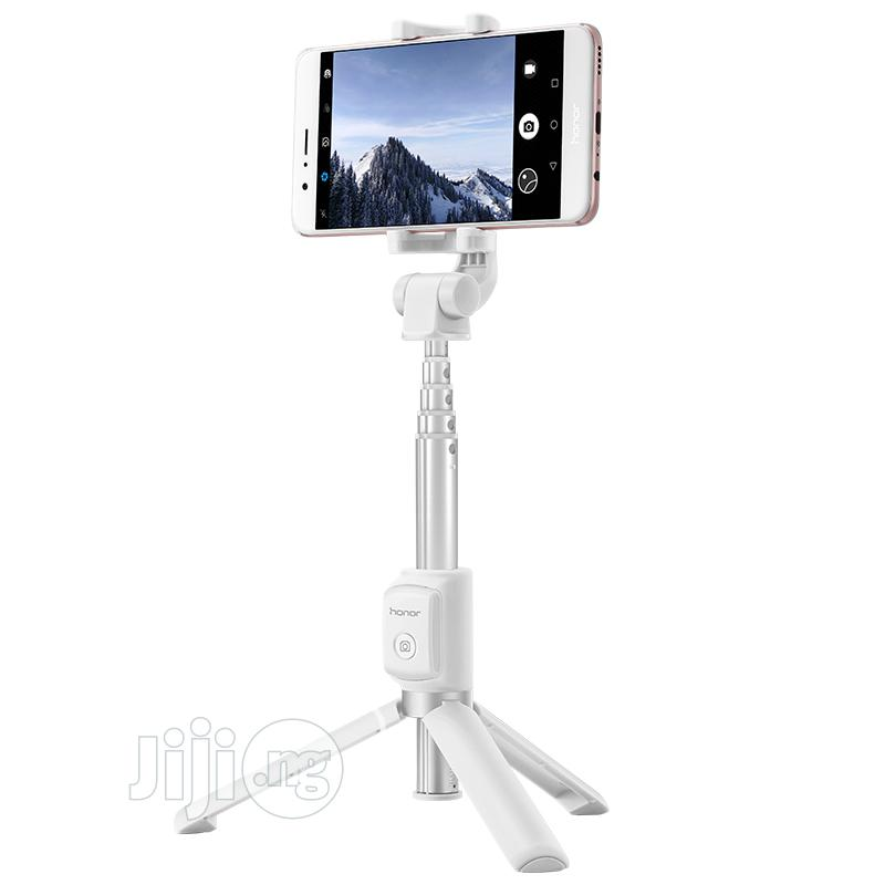 Huawei Bluetooth Tripod Selfie Stick | Accessories for Mobile Phones & Tablets for sale in Ikeja, Lagos State, Nigeria