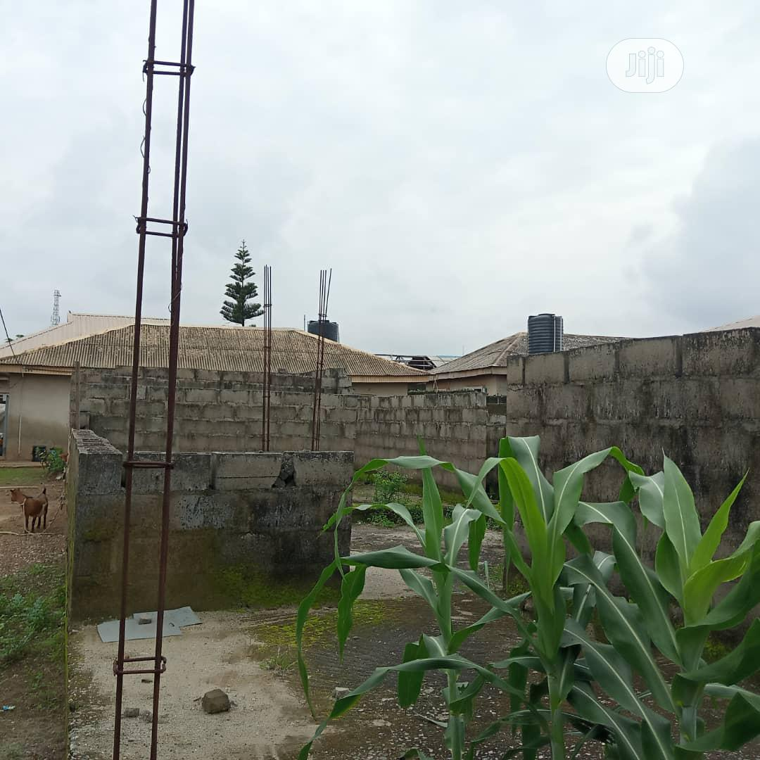 2 Bedroom Bungalow With an Uncompleted Building