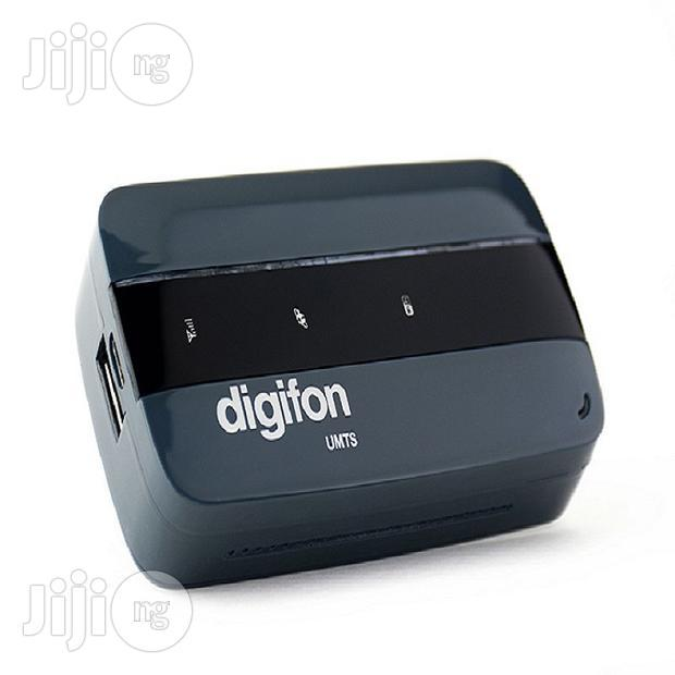 Digifon 3G Mobile Wireless Router With Power Bank